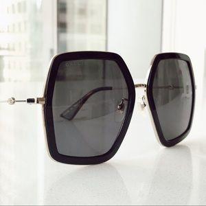 Gucci GG Hex 0106s Black/Gold Oversize Sunglasses